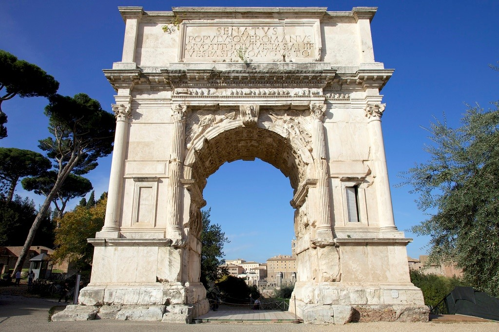a history and analysis of the arch of titus Home » history of art » hsar 252 - lecture 13 - the prince and the palace:  human  the jewish wars, the flavian dynasty, and the arch of titus [00:00:00.